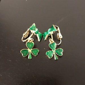 Shamrock clip on earrings